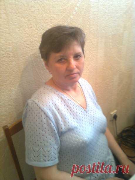 Лариса Тараторкина