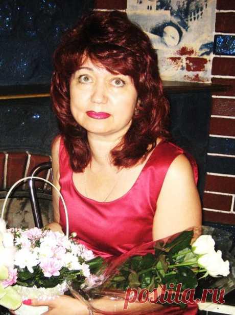 Лариса Рощина