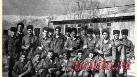 Правда и миф о 9-й роте 15 февраля в России вспоминают памятный день: ровно 26 лет назад, 15 февраля 1989 года, последние советские солдаты покинули Афганистан. Почти в самом конце конфликта произошел один из самых кровопролитных боев – сражение за высоту 3234, о чем режиссер Федор Бондарчук снял художественный фильм.