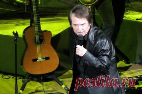 Концерт Рафаэля в Москве - 10 апреля 2019 года - P1097933 | Sovetika.ru - фото-блог