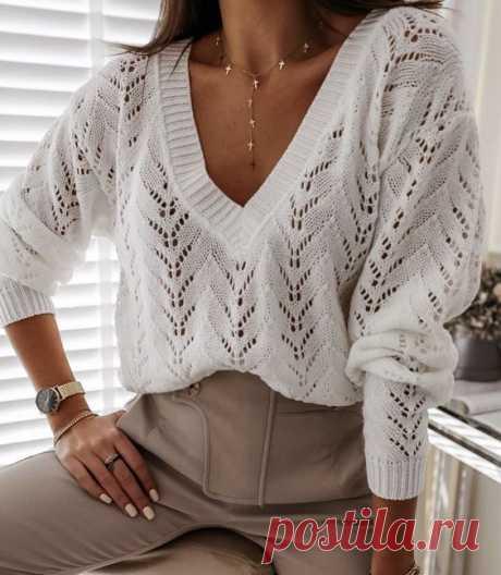 Джемпер белый с V- образным вырезом, схема