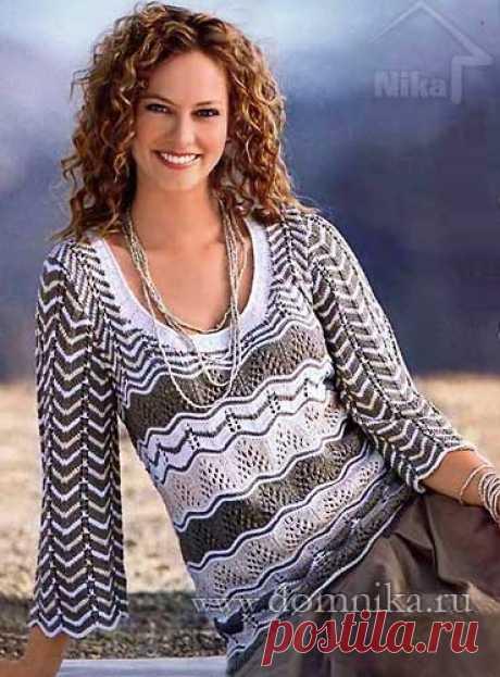 Женский пуловер с ажурными узорами