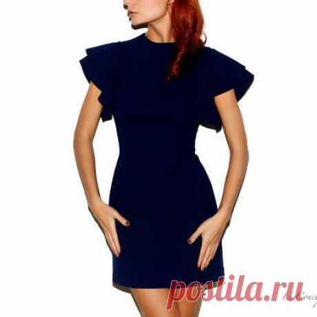 Платье из 100% шерсти с подкладкой из 95% шелка и 5 % эластана стоимость 26.500