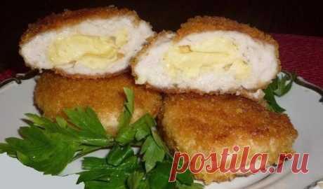 Приготовьте на ужин Куриные зразы с сыром и сливочным маслом
