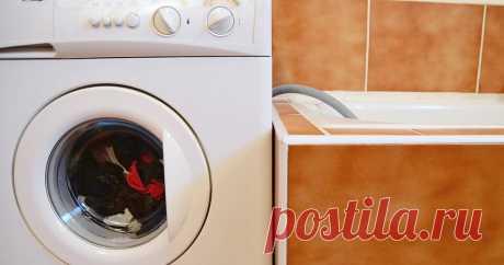 Мыться при включенной стиральной машине нельзя. И вот почему Специалисты из области технологической экспертизы рассказали Hi-Tech Mail.ru о правилах безопасного использования бытовых электроприборов в ванной.
