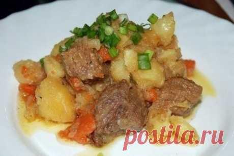 Ароматное жаркое из говядины с картофелем, рецепт — Вкусо.ру