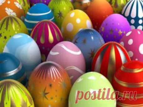 Необычные способы окраски пасхальных яиц.