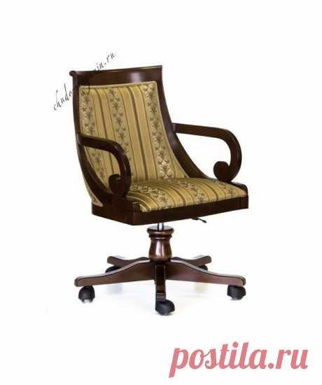 Кресло с изогнутой спинкой на колесиках для дома и офиса: бук, ткань, вид, классика