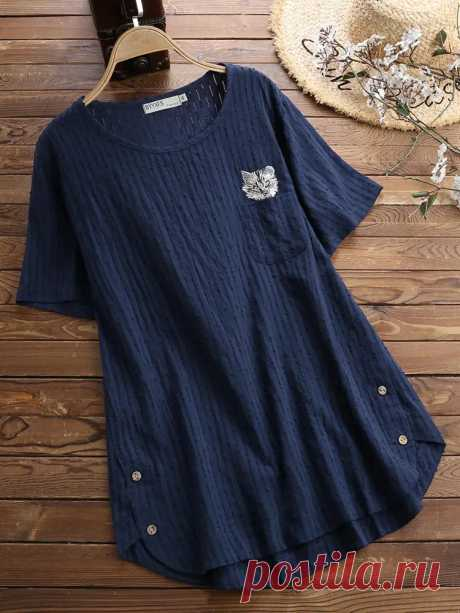 Women Casual Cat Embroidered Hollow Out Short Sleeve T-Shirts - US$27.99