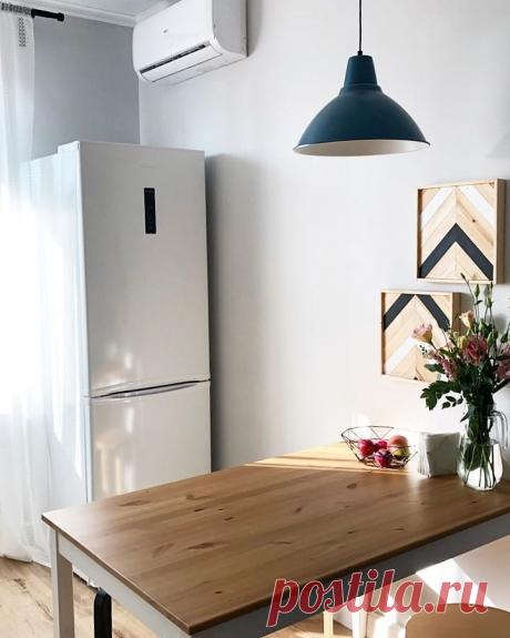 Не скучная черно-белая кухня. Одна из самых лучших планировок для маленьких кухонь, что мы видели.   Карманный дизайнер   Яндекс Дзен