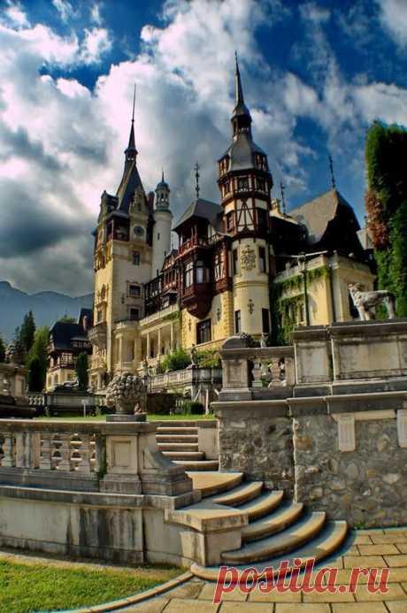 «Пелеш Замок-Синая-Румыния-» — карточка пользователя Елена Добровольская в Яндекс.Коллекциях
