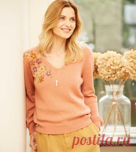 Пуловер с вышитым цветочным мотивом - схема вязания спицами. Вяжем Пуловеры на Verena.ru