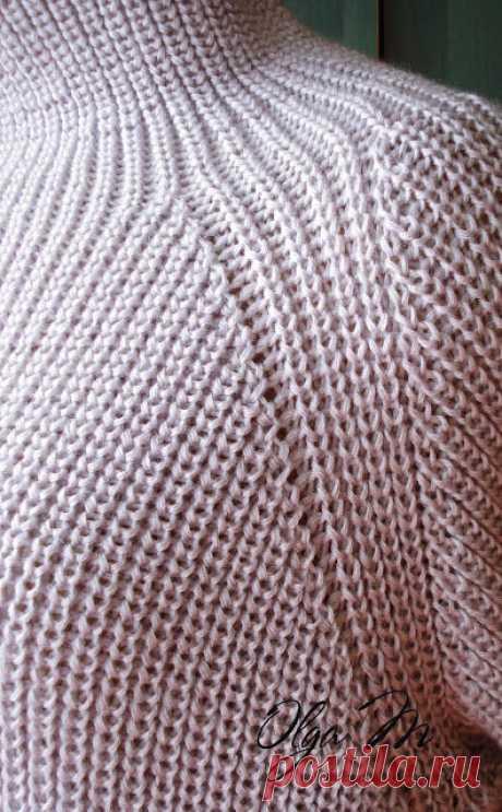 Модель оверсайз, реглан, воротник – широкая стойка, свитер связан вкруговую снизу вверх (Вязание спицами) – Журнал Вдохновение Рукодельницы