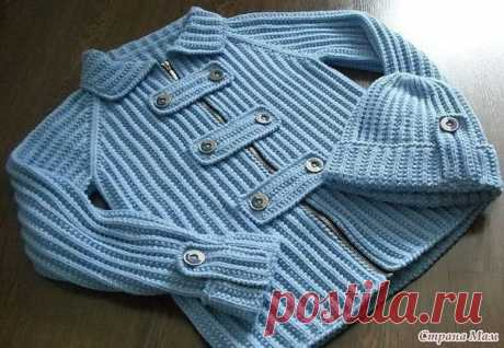 Jacket and hat\u000aMaterials: 350 (400) 500 g of a jeans yarn of Phil Lin (45% of viscose, 40% of cotton, 15% of flax, 99 m \/ 50г.); Spokes No. 3 and 3,5, circular spokes No. 3, buttons of 9 pieces, lightning.\u000a\u000aElastic band, spokes No. 3: alternately 1 persons., 1 izn.\u000aTo show completely …