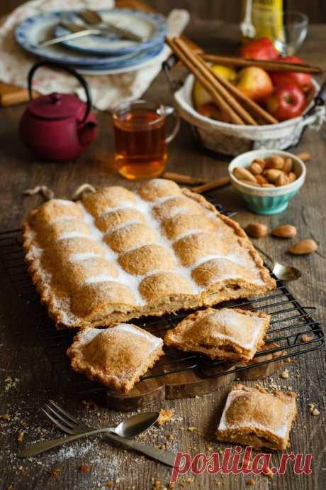 сладък ябълков пай с бадеми и канела {} | Рико Sugar