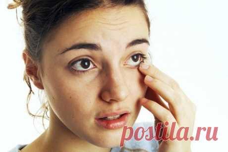 Соринка в глазу – как вытащить в домашних условиях