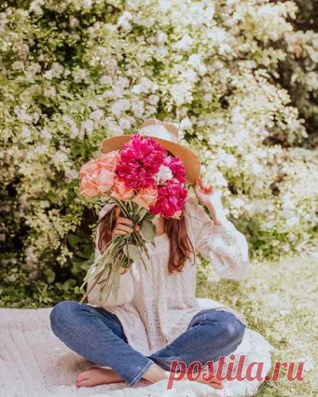 Счастье — это понятие такое же бесконечно многогранное, как и мы с вами. Каждый для себя решает сам, что сделает его счастливым в этой жизни...  Instagram picture.it.pretty