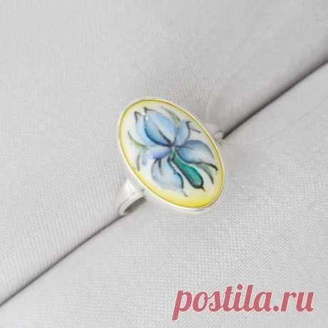 Серебряное кольцо Финифть