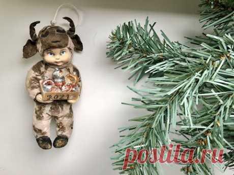 Ватная игрушка Мальчик в костюме Быка/Год Быка 2021/Игрушки на елку своими руками