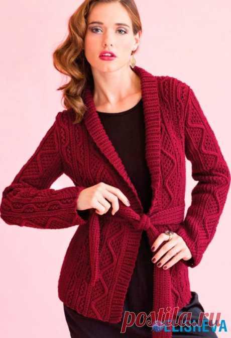 Kardigan con las cintas de Vogue Knitting, tejido por los rayos