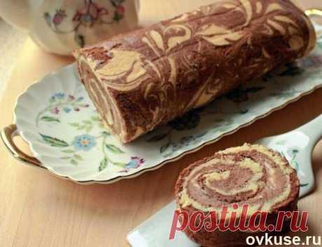 Мраморный рулет с шоколадно-банановым кремом - Простые рецепты Овкусе.ру