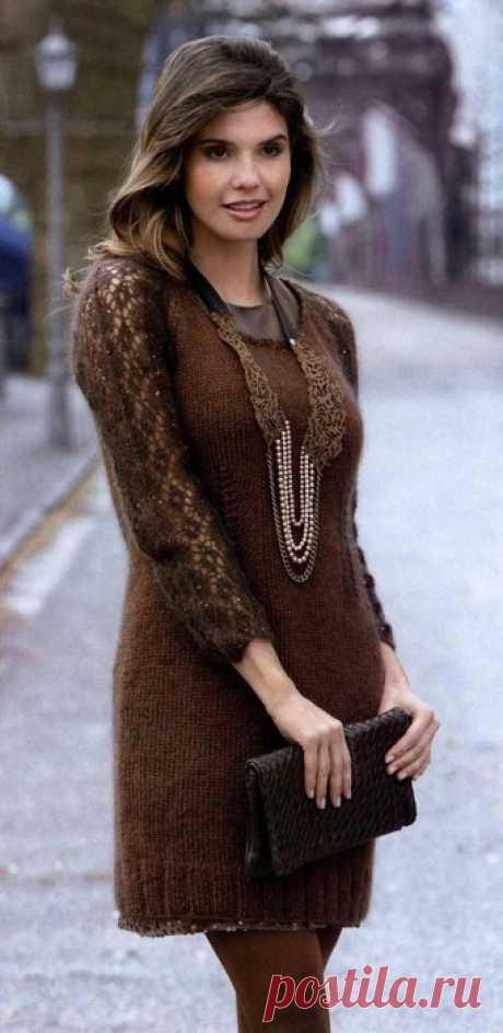 Вязаное платье из мохера схема. Платье спицами с ажурными рукавами |