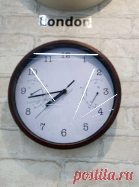 Интересно, много ли людей в наше время покупает часы в дом Интересно, много ли людей в наше время покупает часы в домМеханические часы постепенно сдают свои позиции и исчезают со стен наших квартир и домов. Ведь у каждого с собой есть... Read more » Читай дальше на сайте. Жми подробнее ➡