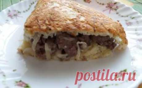 Пирог из кабачков с фаршем и сыром на сковороде – быстро и вкусно