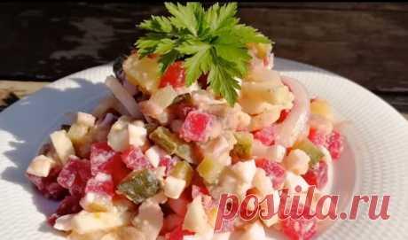 Сочный салат без майонеза: необычный рецепт винегрета Сочный салат без майонеза – это такой интересный вариант винегрета с оригинальной заправкой, который покорит каждого гурмана. Получается он ярким, красивым, аппетитным: поэтому и на праздничном столе будет смотреться замечательно.