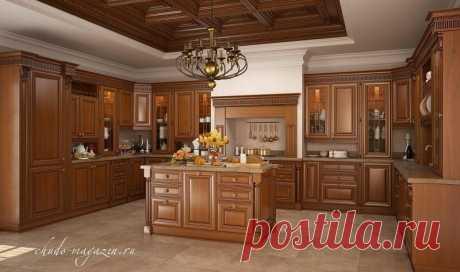 П-образная кухня из массива красной ольхи с островом посередине купить по цене 62 000 руб. за п/м. в Москве— интернет магазин chudo-magazin.ru