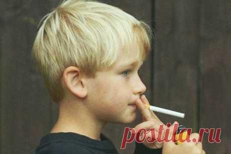 Ребенок начал курить. Почему? Как узнать? Как отучить подростка от вредной привычки?