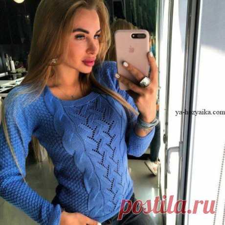 Ажурный свитер с косичками спицами. Модный женский свитер спицами 2019