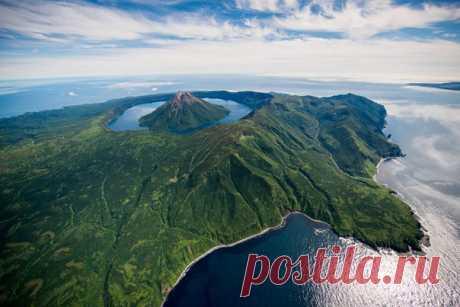 Остров Онекотан, Курильские острова. Автор фото — Максим Балаховский: