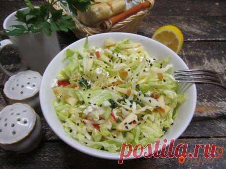 Салат из молодой капусты с мятой яблоком и сыром фета 1 - рецепты с фото на vpuzo.com