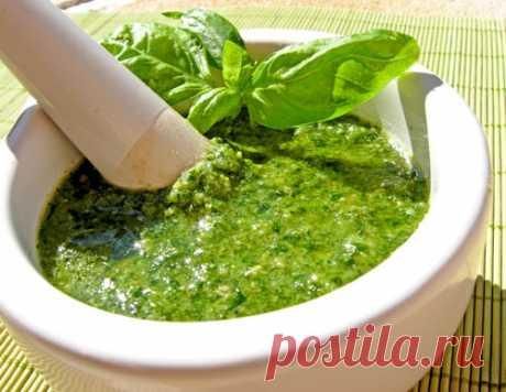 Песто - самый популярный соус итальянской кухни - ИзюминкиИзюминки