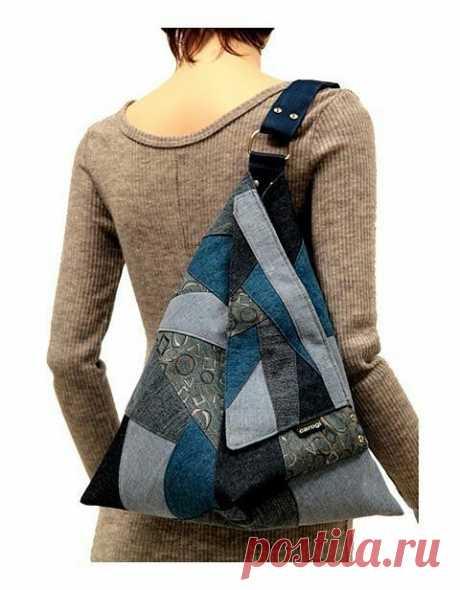 Оригинальная джинсовая сумка рюкзак из старых джинсов. (интернет)