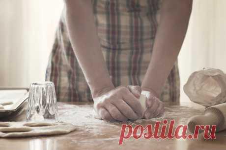 5 самых важных рецептов теста: как приготовить тесто » Notagram.ru ТОП-5 самых популярных рецептов теста. Рецепт настоящего слоеного, дрожжевого и песочного теста. Аутентичные рецепты теста для пиццы и пельменей.