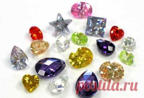 Свойства камней по цвету