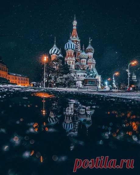 """Зимняя столица в серии фотографий """"Москва, горящая ночью"""" Фотограф Gleb Otradnov"""