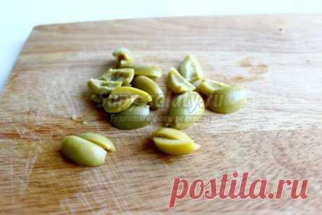 Салат из морской капусты с маслинами. Рецепт с пошаговым фото