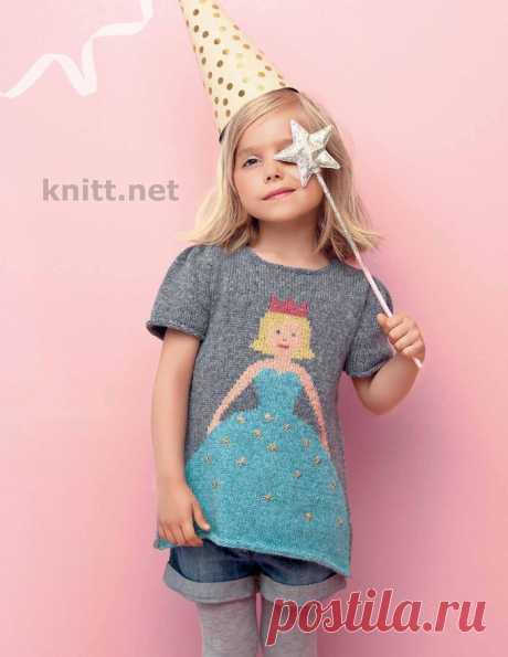 Пуловер спицами для девочки с принцессой.
