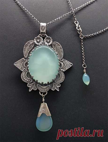 Sterling and Chalcedony Necklace - Jewelry Gallery - Ganoksin Orchid Jewelry Forum Community for Jewelers and Metalsmiths