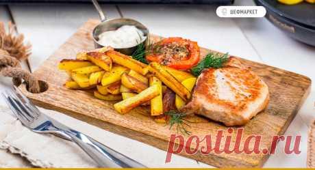 Карбонад с запечёнными помидорами и жареным картофелем | Что приготовить на ужин?