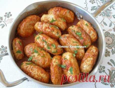(¡Grechaniki - la receta cojonudamente sabrosa para el filete!  \u000a\u000aLos ingredientes: \u000a- 500 gr el filete (usaba el filete de la pava, es posible de gallina) \u000a- 150 gr del grano de trigo sarraceno \u000a- 2 huevos \u000a- 2 bulbos \u000a- 200 gr de la salsa de tomate \u000a- La sal, el pimiento - por gusto \u000a- El tormento para panirovki \u000a- El aceite vegetal para la asadura