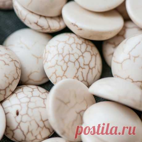 Кабошон бирюза синтетическая, круглый, цвет античный белый, 16x5 мм :: Crystal's - интернет-магазин бусин и фурнитуры