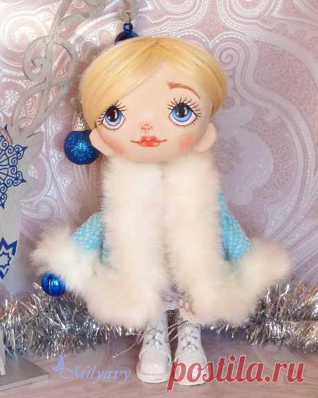 АВТОРСКИЕ КУКЛЫ И ТЕДДИ 👸🐘 в Instagram: «Всем привет. Снегурочку Вам в ленту для Новогоднего настроения! 🌲🌲🌲. Сегодня с дочкой идём смотреть Щелкунчика и 4 королевства. В детстве я…»