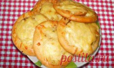 No los productos dulces del test las empanadillas, belyashi, samsa, echpochmak, hachapuri t d