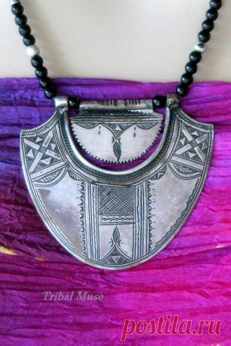 Очень Старый Туарегский Серебряный Кулон Племенное Ювелирное Ожерелье из Африки