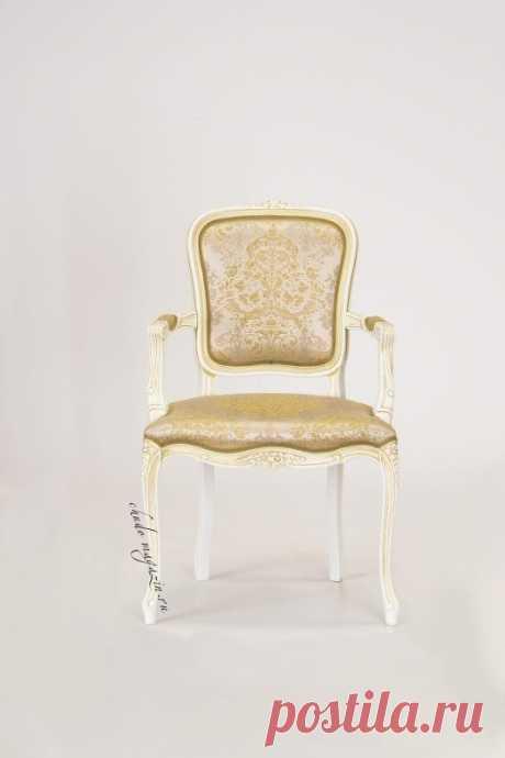 Кресло мягкое классическое на ножках с мягкой спинкой - Дебора К-25