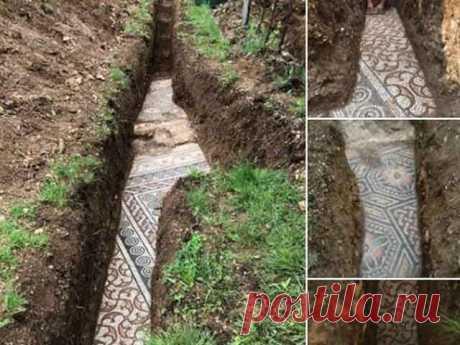 Раскопана римская мозаика в Неграр-ди Вальполицелья Прямо под виноградником в Неграр-ди Вальполицелья нашли археологическое сокровище из красивой мозаики римской виллы.